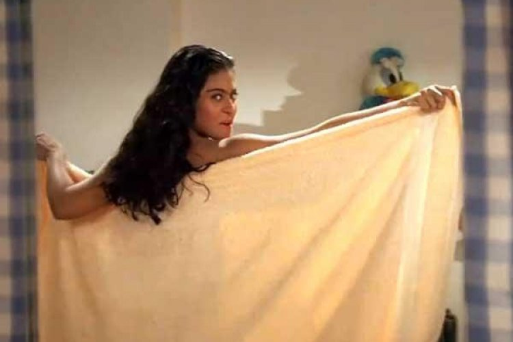 Kajol was hesitant with the idea of  wearing a towel in 'Mere Khwabon Mein Jo Aaye'