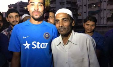 India Vs Australia: My mom asked me to stay back to fulfil dad's dream and make India proud says Mohammed Siraj