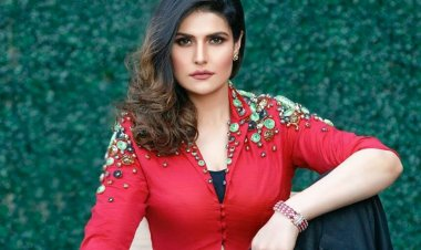 Zareen Khan extends support to farmers' protest