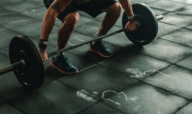 Exercises that Men should add to their workout routine for a toned physique and good health