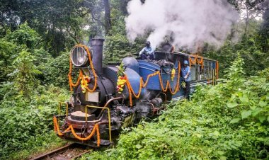 Northeast Frontier Railways launches new Toy-Train Safari from Siliguri to Rongtong