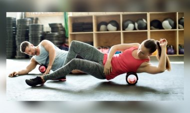 THESE foam-rolling exercises will help you get rid of post-workout muscle soreness