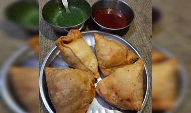 These bizarre combinations of samosa will leave you to ponder