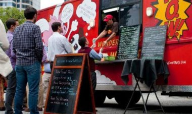 BMC drives policy for setting up food trucks in 50 locations across Mumbai